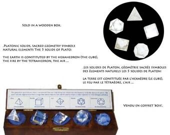Le lot de 5 solids de platon avec ou sans coffret, en cristal de roche, environ 1.3 à 1.8 cm / Equilibre & énergie