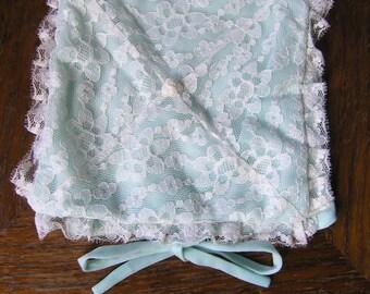 Vintage Handkerchief Bag, Vintage Handkerchief Pouch, Blue Handkerchief Pouch, Bag, Holder for Handkerchiefs, Mid Century Hankie Pouch