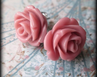 Dusty rose post earrings.Fast shipping.