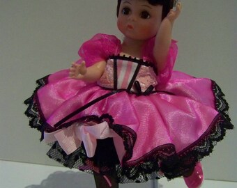 France.. Can CAn Madame Alexander 8 in doll