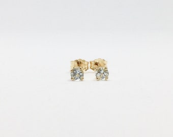 Gold aquamarine earrings, natural aquamarine studs, march birthstone earrings, 14k gold filled aquamarine stud earrings, dainty studs