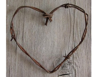 Simple Barbed Wire Heart . rustic wedding decor . barn wedding decor . barbed wire art . heart decor