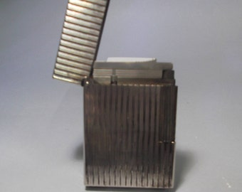 Dupont Classic Lighter in silver plaque