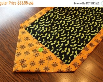 ETSY BIRTHDAY SALE Halloween Table Runner - Free Shipping - Bats and Cobwebs - Halloween Decorations - Party Decor