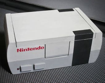 Nintendo Entertainment System (NES) game console facsimile (miniature) trinket / jewelry box, dice holder, etc.
