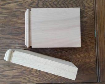 Plynth blocks
