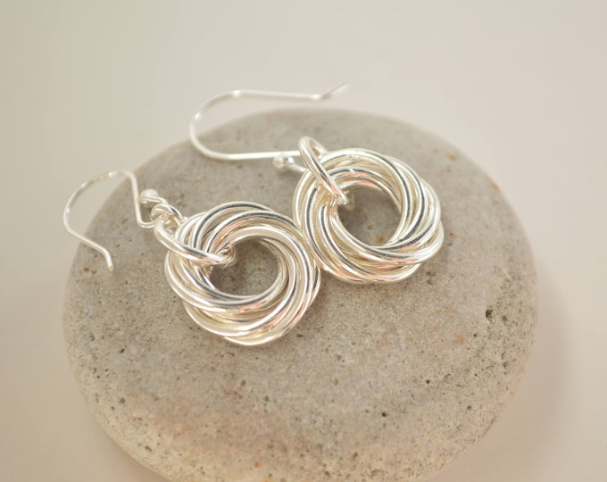 60th Birthday gift for mom, 6 Rings, 6th Anniversary gift for women, 6 Interlocking rings, Circle earrings, Small earrings, Petite earrings