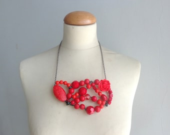 Red statement necklace, black red necklace, wire necklace, red flower necklace