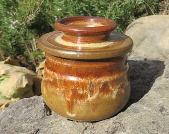 Butter Crock, French Butter Keeper, Pottery, Butter Dish, Pottery Handmade, Handmade, Wheel Thrown Butter Keeper, Butter Bell