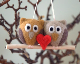 Valentine  Felted 2 owls with 1 red heart ornament needle felt crochet or wooden branch grey beige gift nursery decor woodland party