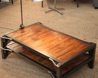 Table low palette sncf factory industrial furniture workshop design metal wood