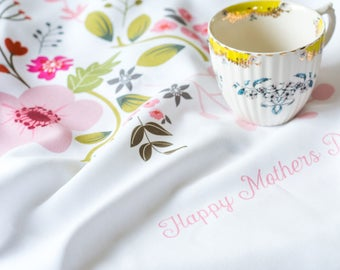 Mother's Day Tea Towel, Mother's Day Gift, Floral Dish Towel, Floral Towel, 27 x 41cm, Colourful, Floral (OHSO957)