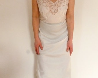 40's Barbizon Full Slip - Lacy Feminine White Full Slip - Late 1940's Wedding or Bridal Slip