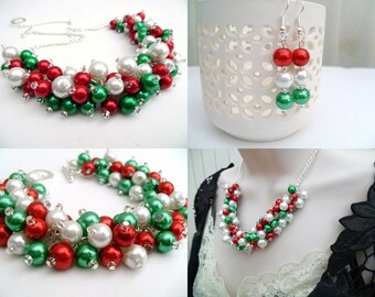 Christmas Beaded Jewelry Set, Red, Green and White Necklace Bracelet and Earrings, Cluster Jewelry, Jewelry for the Holidays, Gift For Her