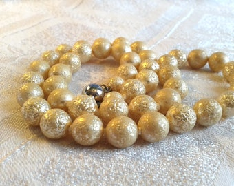 Vintage 50's Glass Pearl Necklace, Textured, Silvery Finish.