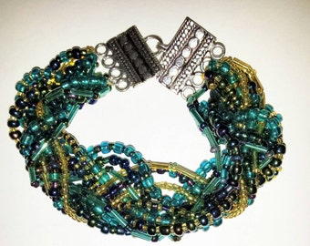 Hand Beaded Bracelet with Toggle Clasp