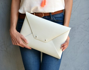 Off white leather clutch bag / Enveope clutch / Ivory leather bag / Leather iPad case / Genuine leather / Wedding clutch / Bridesmaid gift