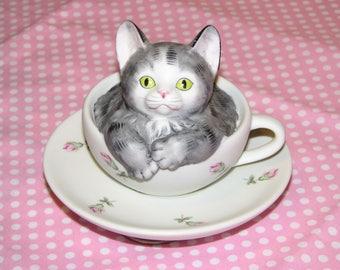 Cat in Teacup Music Box