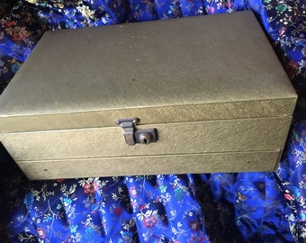 MELE Jewelry Box Vintage Tiered Gold