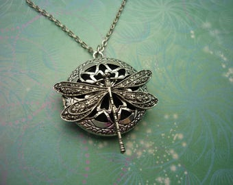 Aromatherapy Necklace - Dragonfly - Alloy - Perfume Locket Necklace