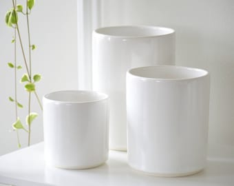SET SAVINGS 20% OFF- Minimal Ivory Vases  (Set of 3)