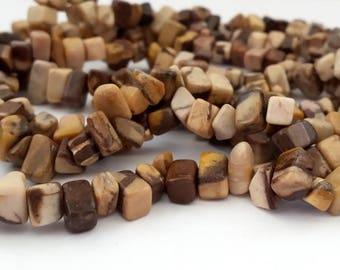Brown Zebra Jasper: 80 cm chips 1 thread, beads 5-10 mm (pg135)
