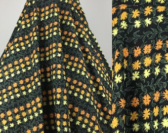 Vintage 1950s Novelty Print Circle Skirt Marigold Flowers Size Small