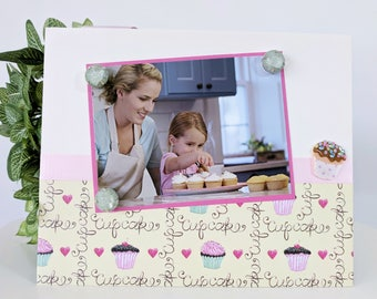 Cupcake Lover Birthday Party V3 - Baker Baking Memory Magnetic Picture Frame Handmade Gift Present Home Decor Size 9 x 11 Holds 5 x 7 Photo
