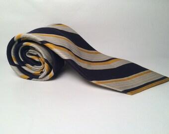 Vintage Taylor Tie