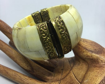 Vintage 1960s Inlaid Bone And Brad's Hinged Bracelet