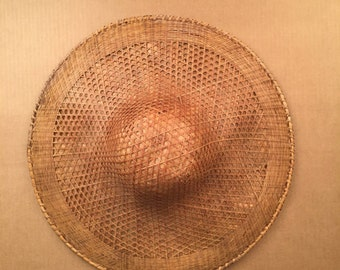 vintage Asian rattan sun hat tropical Wide Brim Chinese Woven Bamboo Straw Rice Paper Farmer Hat