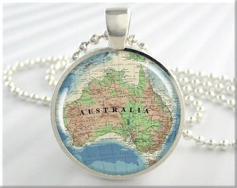 Australia Map Necklace, Resin Pendant, Australia Map Pendant, Round Silver, Gift Under 20, Map Charm, Picture Jewelry 367RS