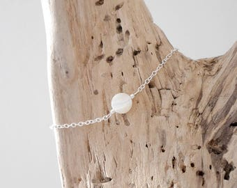 Fine 925 silver bracelet with chain, flat round bead white mother of Pearl (BRSS17) Christmas gift