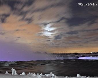 Chilly Niagara Falls, Niagara Falls Photograph, Landscape Photography, Photographs of Niagara Falls, Winter in Niagara Falls, Night Photos