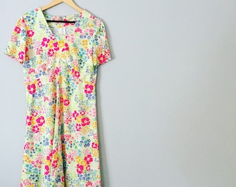 Retro 1990s Summer Dress