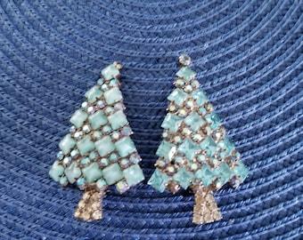 Vintage Christmas Pins