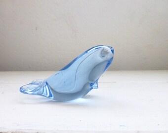 Blue glass paperweight, glass seal, sea life, ocean decor, beach house, housewarming gift, office gift, graduation present, baby seal
