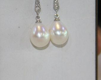 pearl earrings, freshwater pearl earrings, Wedding Jewelry, dangle pearl earrings, pearl earrings bridesmaid, rhinestone, drop, teardrop