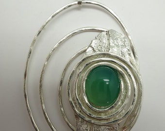 Unique design, hand-made silver pendant/brooch with jade stone ( gol 088)