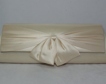 Champagne Bow Clutch, Champagne Bridal Handbag, Champagne Wedding Clutch Bow Bridal Clutch, Champagne Bridesmaid Clutch, Bow Wedding Handbag