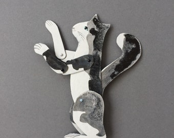 Reaching Black & White Cat  / Little addition Articulated Decoration  / Hinged Beasts Series