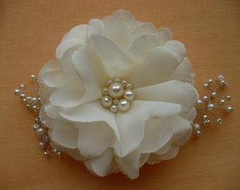 Ivory Wedding Hairpiece -Bridal Flower Hair Clip -Wedding Hair Accessories -Bridal Combs -Wedding Hair Flower -Pearl Hair Piece