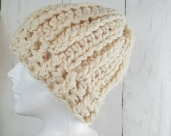 Olivia Beanie.Ready to Ship//CREAM Beanie//Fur Pom Pom//Crochet Beanie//Knit Beanie//Super Soft