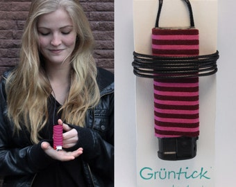 "Lighter chain ""Henni""-no searching, no losing-lighter necklace pink/Bordeaux, suede leather optics-handmade-festival"