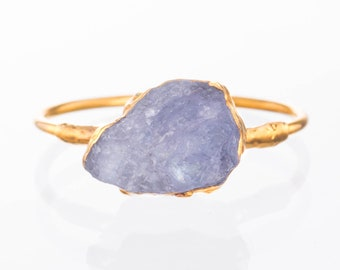 Raw Tanzanite Ring for Women, Gold Ring, Rough Gemstone Ring, Raw Crystal Ring, December Birthstone, Raw Stone Ring, Statement Ring