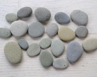 JAPAN 20pcs Flat Stones, Craft Stones, Craft Pebbles from Japan sea  Beach Pebbles Sea Stones,Rocks Grey Stones RARE JAPAN stones