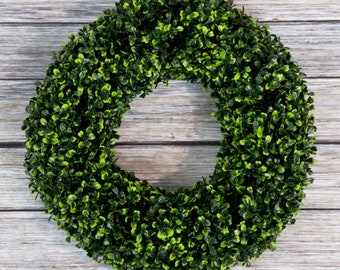 Boxwood Wreath | 16.5 Inches UV Resistant