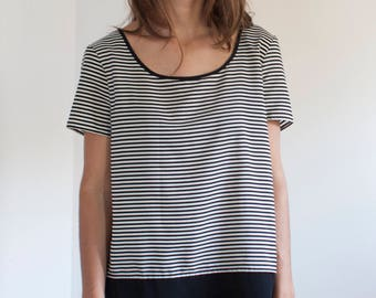 Stripe block tee - silky black and white top - M