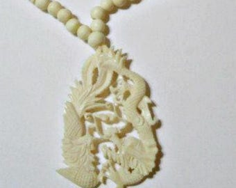 Carved Ox Bone Vintage Necklace Oriental Asian Dragon Detailed Concealed Clasp Figures
