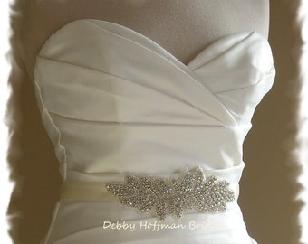 Wedding Sash, Rhinestone Bridal Sash, Crystal Bridal Belt, Jeweled Wedding Belt, Rhinestone Leaf Belt, Crystal Wedding Dress Sash, No. 2021S